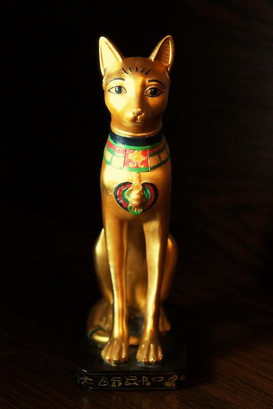 Egyptian Cat Statue