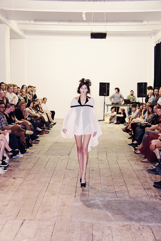 Fashion Fucked. Fashon Show @ WUK. Prinzessin auf der Erbse.