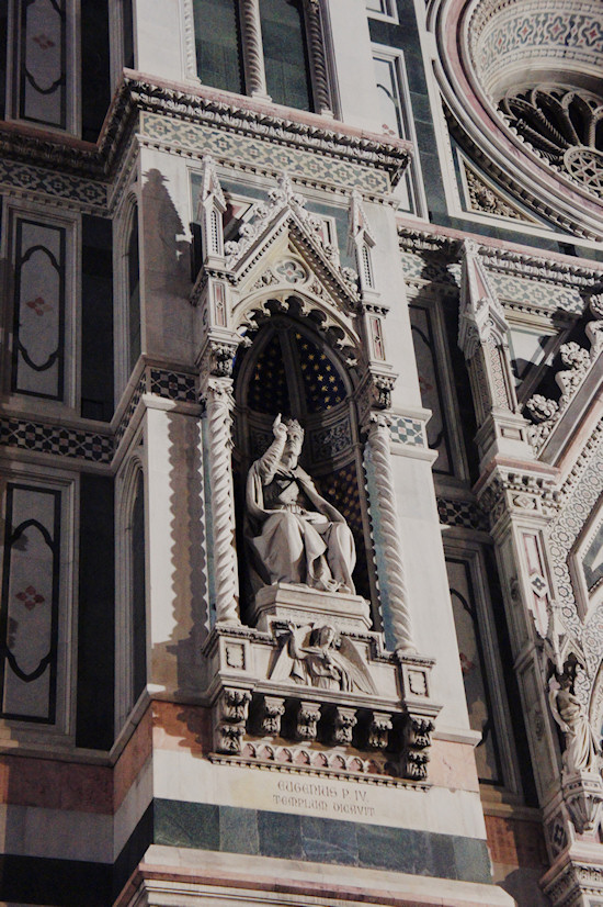 Florence: Sculpture of Eugenius P. IV on the Basilica di Santa Maria del Fiore