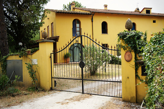 Le Colonie: The Front Gate