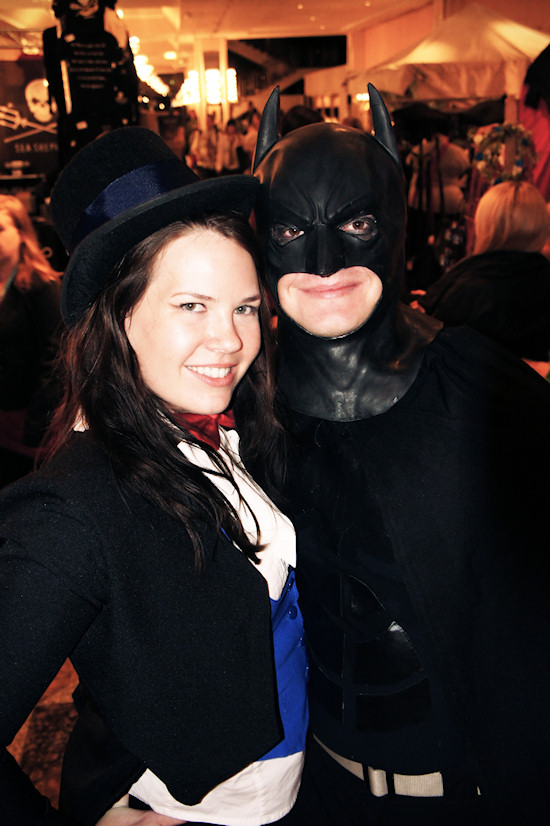 RingCon 2012 Fantasy Outfits: Batman and Kara