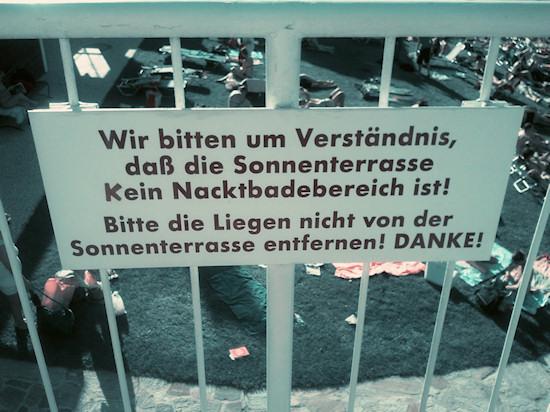Schönbrunnerbad: Nude Bathing Warning Sign