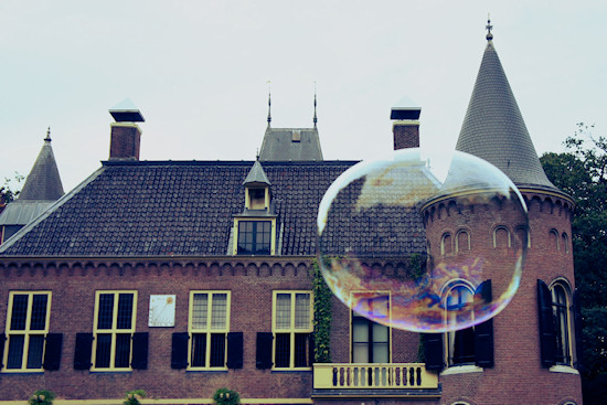 Large bubble in front of Keukenhof Castle @ Castlefest
