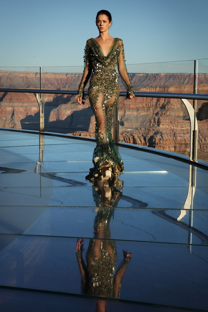 World S Highest Fashion Show On The Grand Canyon Viki