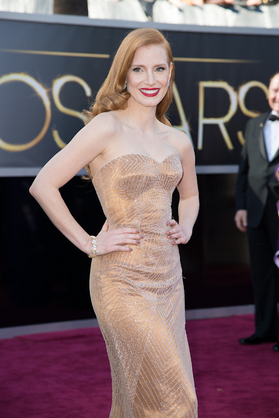 Jessica Chastain @ Oscars 2013 Red Carpet