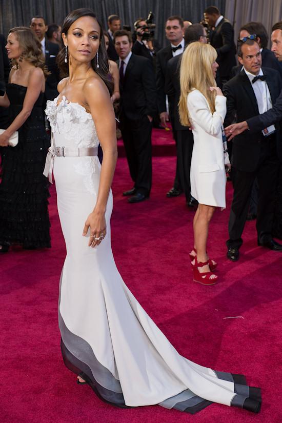 Zoe Saldana @ Oscars 2013 Red Carpet