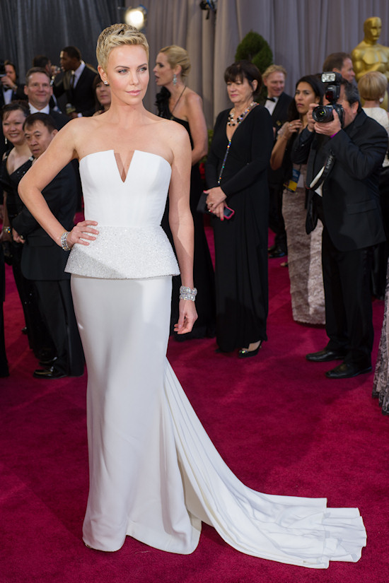 Charlize Theron @ Oscars 2013 Red Carpet