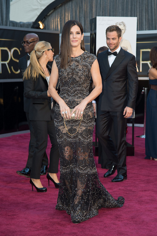Sandra Bullock @ Oscars 2013 Red Carpet