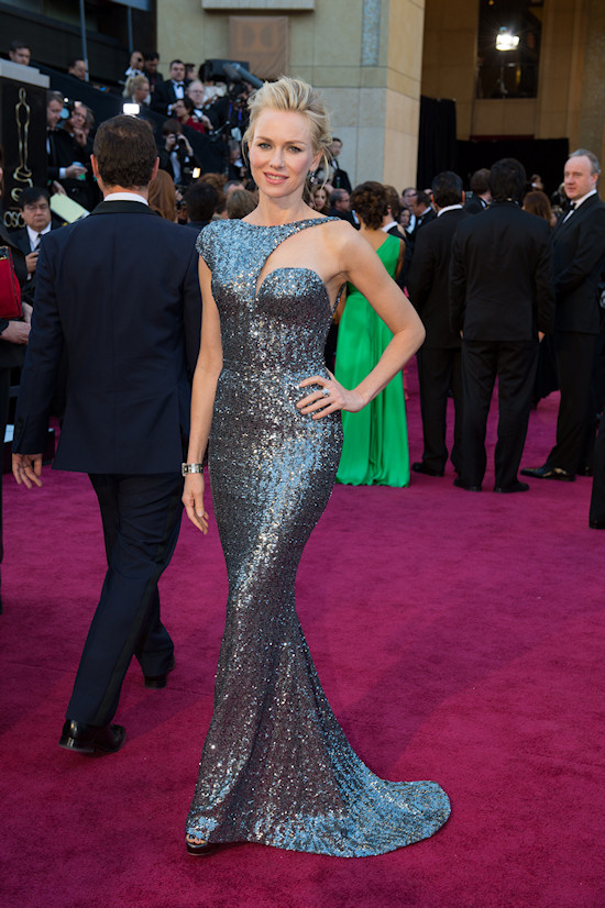 Naomi Watts @ Oscars 2013 Red Carpet