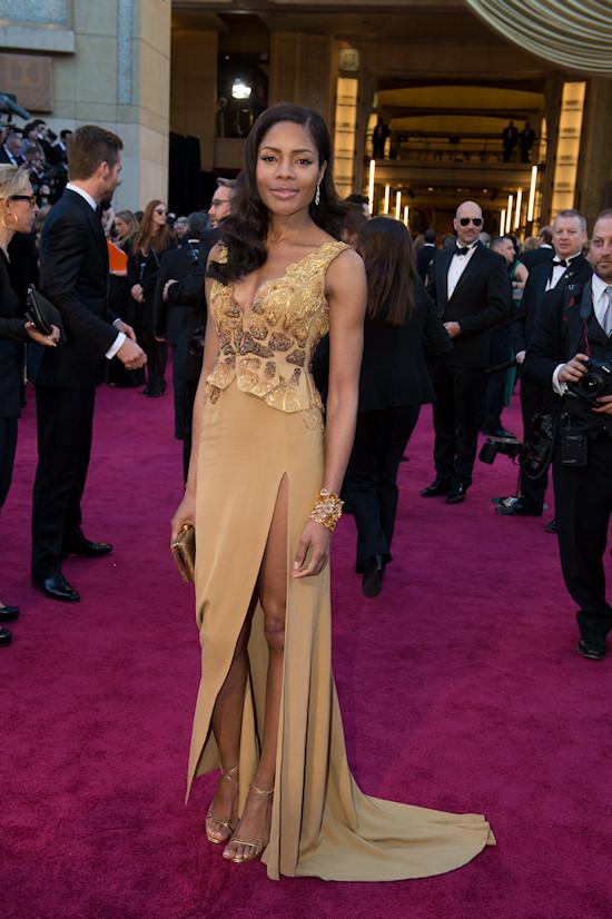 Naomie Harris @ Oscars 2013 Red Carpet