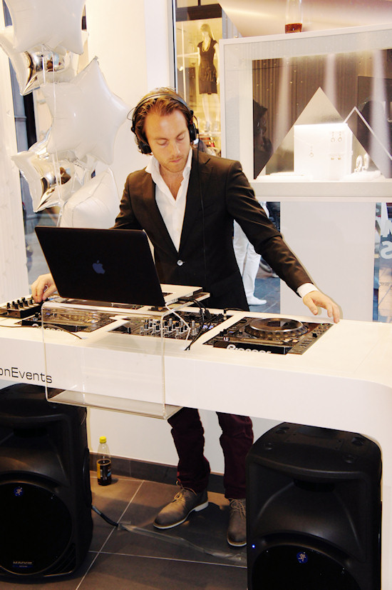 DJ @ Swarovski Shop in Amsterdam. Dam Square 6.