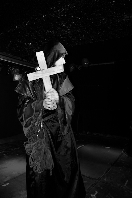 Vampires Ball @ Viper Room: Vampires Bondage show by Le Fanu Revisited
