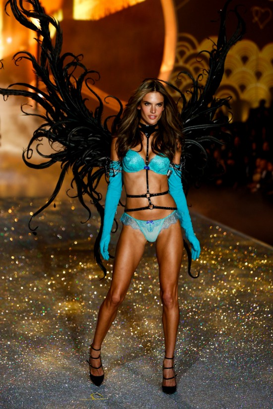 Alessandra Ambrosio @ Victoria's Secret Fashion Show 2013