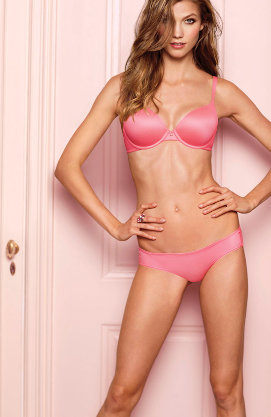 Victoria's Secret Angel: Karlie Kloss in bombshell lingerie