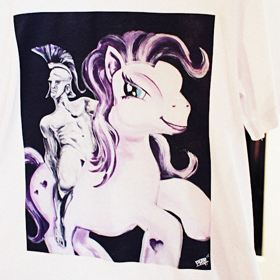 """Pony T-Shirt """"Soldier of Love"""" by Manfred Paar @ XXX Man Exhibtion   Tiberius"""