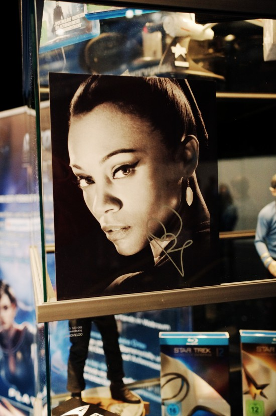Autograph Zoe Saldana aka Uhura from the new J.J. Abrams Star Trek movies @ Destination Star Trek Germany Convention