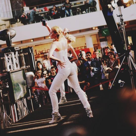 Cyberport Fashion Show Westbahnhof BahnhofCity Wien West
