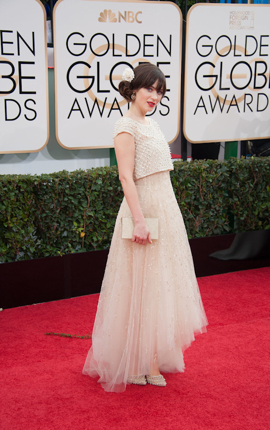 Zooey Deschane in a nude colored dress by Oscar de la Renta @ Golden Globes 2014