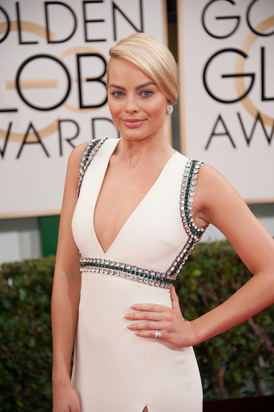 Margot Robbie in a dress by Gucci @ Golden Globes 2014