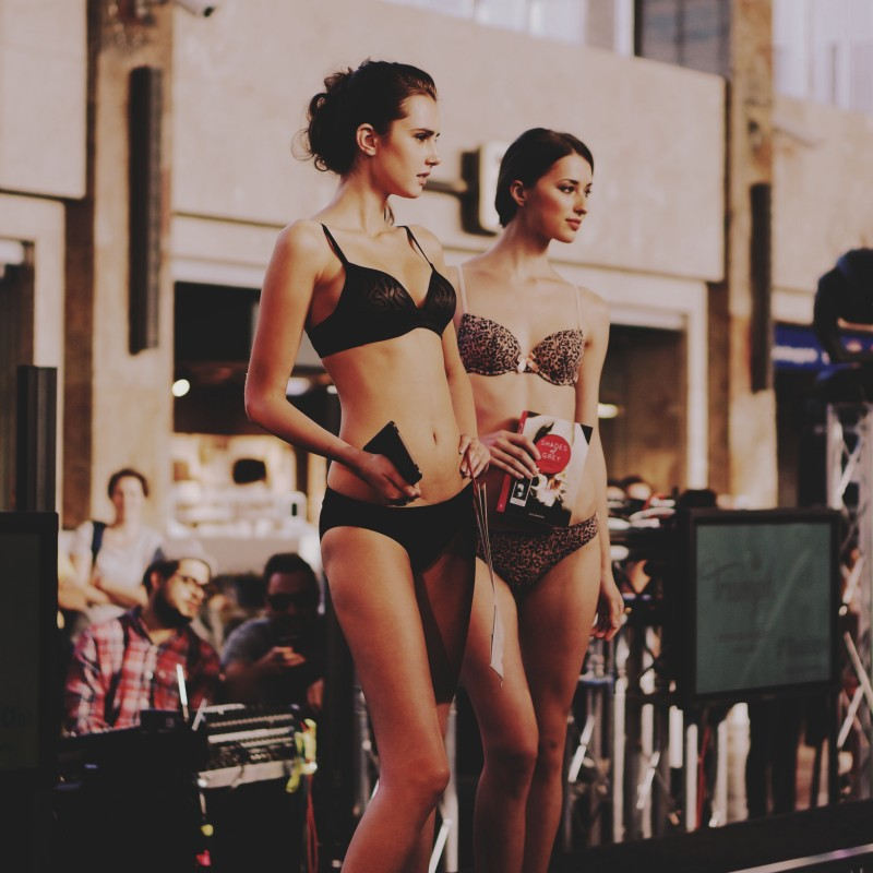 Fashion Show @ BahnhofCity Wien West Viki Secrets