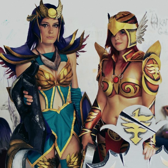 Diana & Leona, League of Legends Cosplay @ Comics Salon 2014