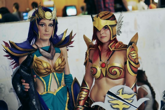 Diana & Leona, League of Legends Cosplay @ Comics Salon 2014