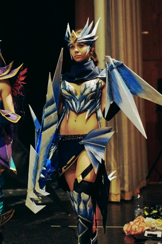 Shyvana (half-dragon), League of Legends Cosplay @ Comics Salon 2014