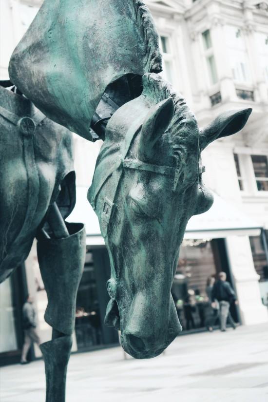 """Horse Rider monument """"Monumental Break"""" art installation by Julien Berthier @ Wiener Graben"""
