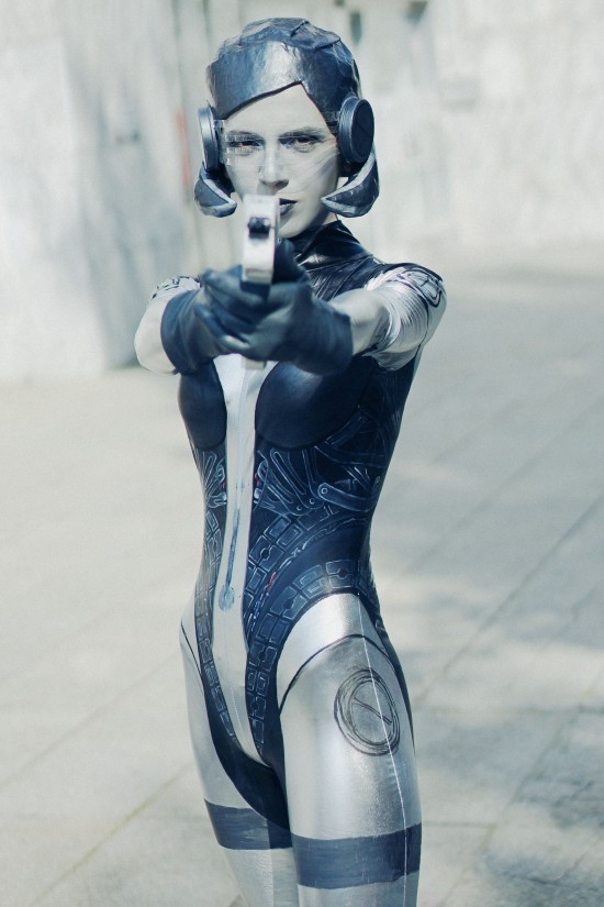 EDI from Mass Effect #cosplay @ Comics Salon 2014