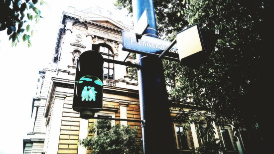 """Ampelpärchen"": Pedestrian traffic lights showing same-sex couples in Vienna."