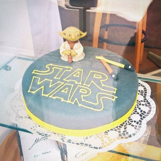 Star Wars Cake with Jedi Master Yoda a marzipan figure. Cake by froemmel's Wien.