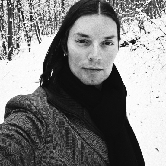 Winter Wonderland: Viki Hiking In The Snow @ Kahlenberg Wien