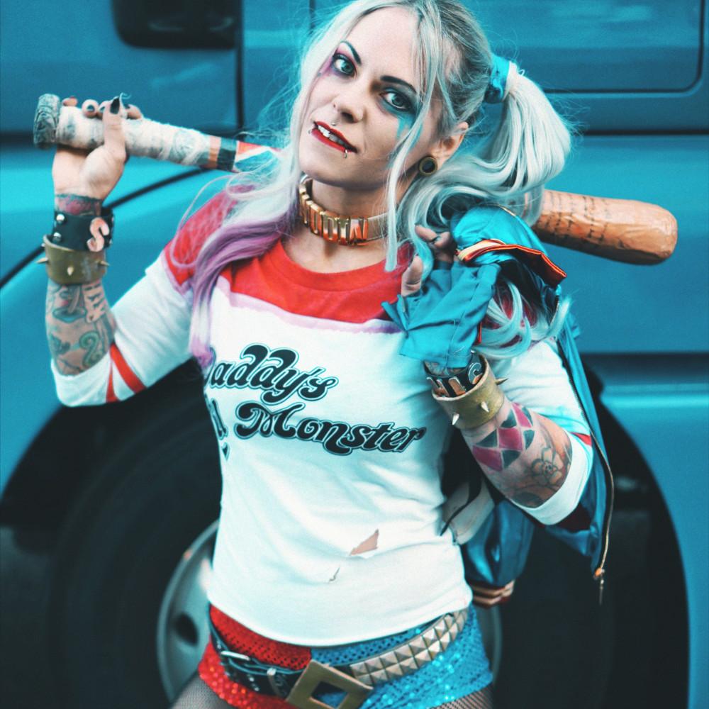 Harley Quinn Suicide Squad #Cosplay - Viki Secrets