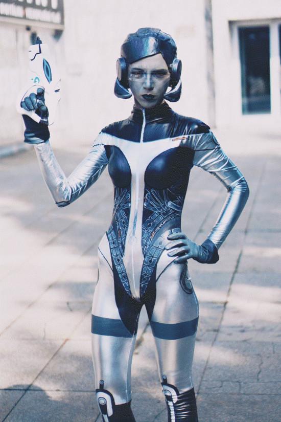 Mass Effect 3 EDI Cosplay