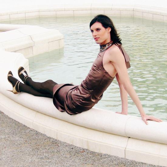 The Imperial Fountain | Fashion by CALLISTI | Shoes by Stuart Weitzman @ Schloss Hof