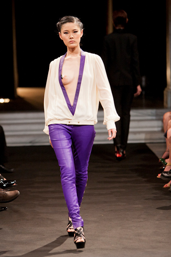 Chinese Fashion Showcase Vienna Hiu Man Chau