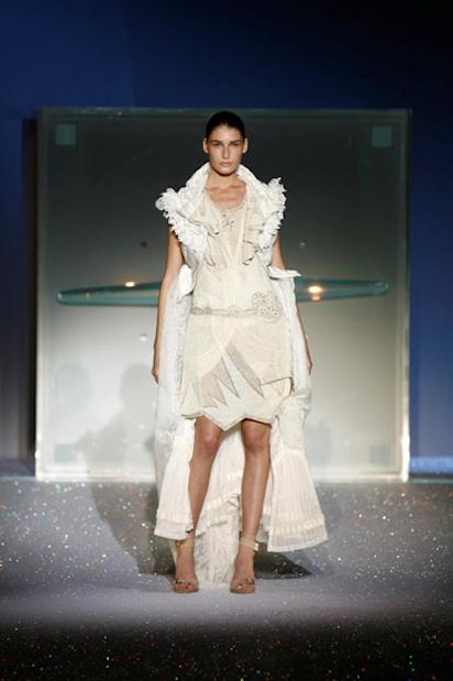 Hussein Chalayan Spring 2007 Victorian Dress