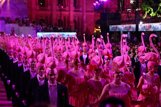 Life Ball 2011 Flamingo Ballet
