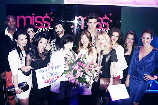 Julia Schneeberger and Jury Miss Style 2011