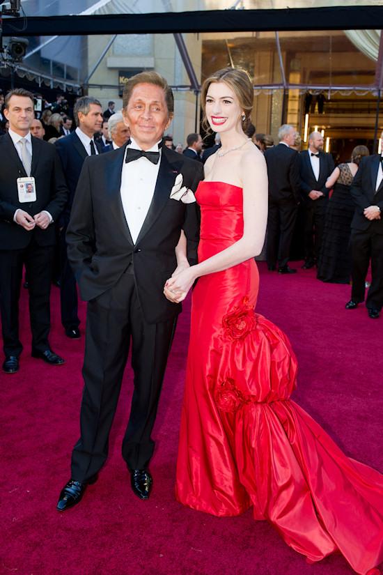 Oscars 2011: Anne Hathaway and Valentino Garavani