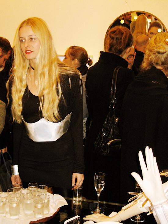 Spiegelgasse acht 8 AND_i Jewelry exhibition