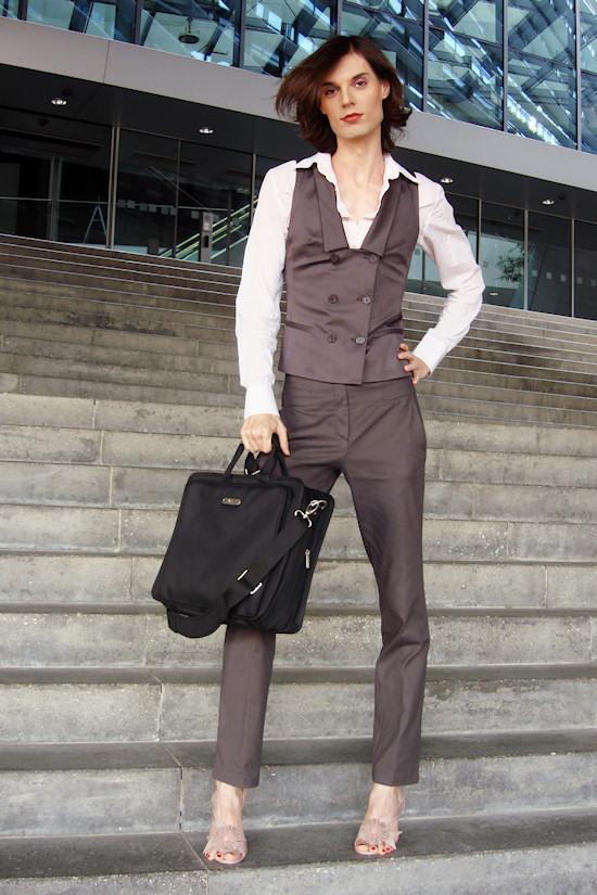 The Vienna Fashion Observatory, Miss Viki Business Look