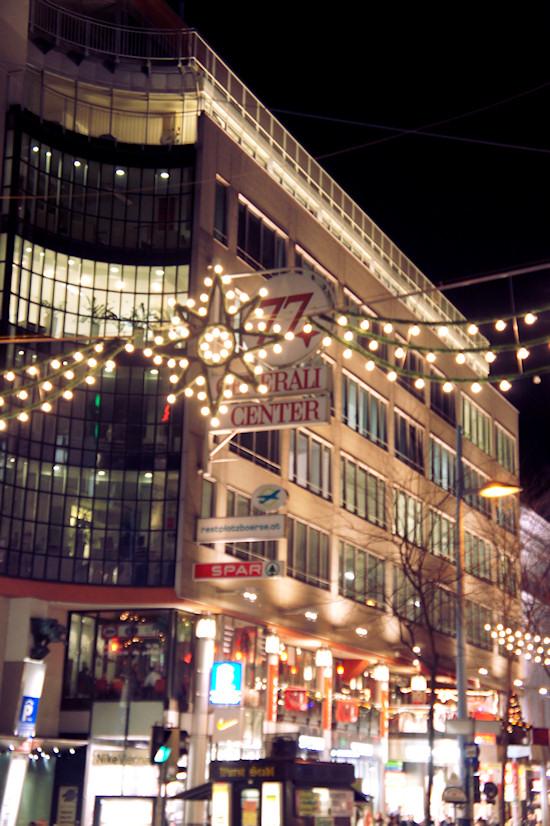 Xmas Lights Vienna: Mariahilfer Straße