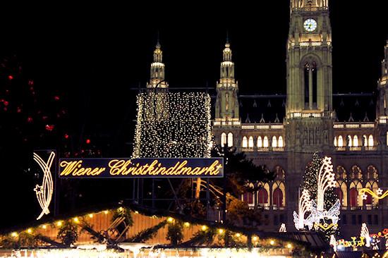 Xmas Lights Vienna: Wiener Christkindlmarkt Rathaus